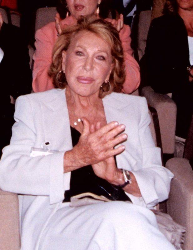 Cristina Newburg